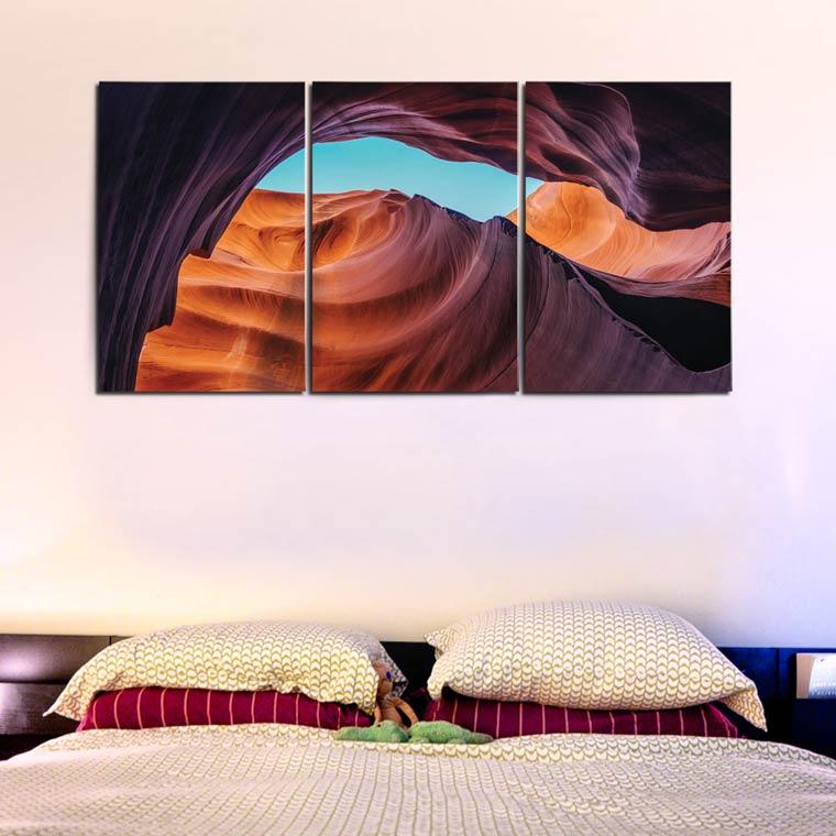 แต่งห้องนอนสีม่วง ด้วยรูปวิวติดผนัง