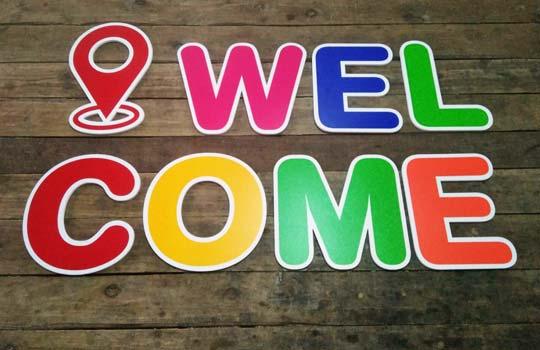 ป้ายตัวอักษร Welcome พลาสวูด สติกเกอร์ หลายสี