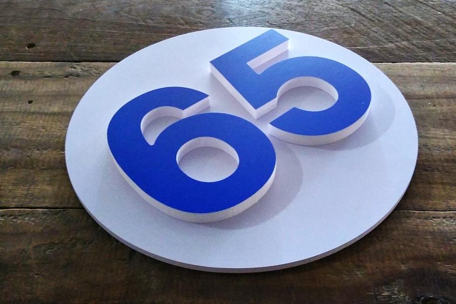 ตัวอักษรบ้านเลขที่ ฉลุ สีน้ำเงิน