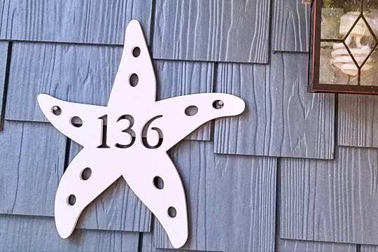 ป้ายบ้านเลขที่ พลาสวูด ฉลุลาย ปลาดาว